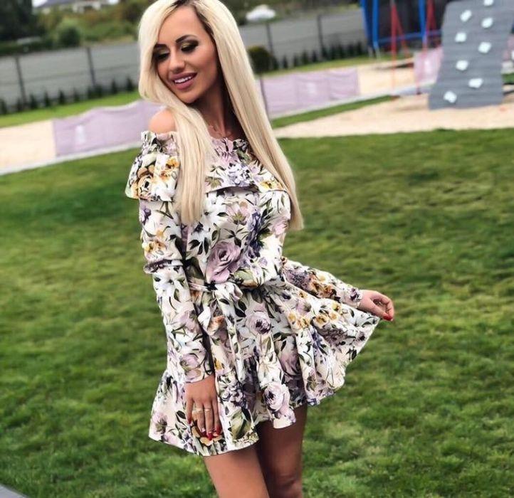 Wiosenna Sukienka W Kwiaty S Fashion Graduation Dress Dresses