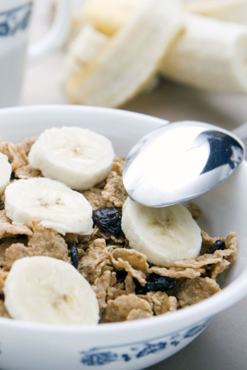 Combine 3/4 cup bran flakes,1 banana, and1 cup fat-free milk in a bowl.