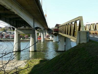 Pont habité,  rare en France - Ponts paralèlles à Conflans ste Honorine (Yvelines) - Vos plus beaux ponts de France