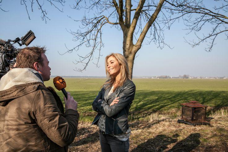 Wendy's Angels - Bij het opnemen van de leader is ook RTL Boulevard aanwezig om Wendy van Dijk en haar Angels te interviewen.