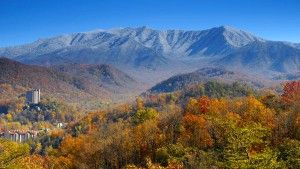 Everything You Need to Guarantee a Stress-Free Smoky Mountain Vacation - Click Pin to read more!