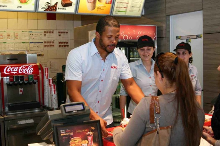 KFC... si negri la munca!