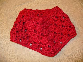 Sanity by Stitches: Wreath of Roses Cowl - Pattern
