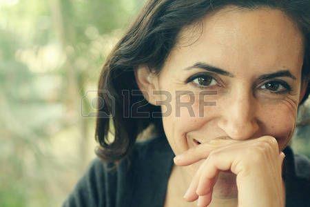 Portret van mooie 35 jaar oud vrouw Stockfoto