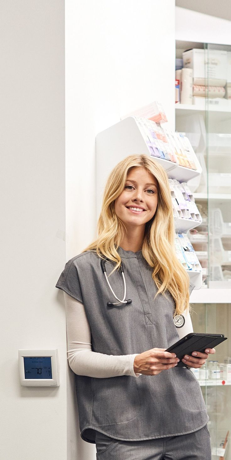 the 25  best medical scrubs ideas on pinterest