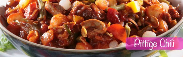 Voor wie zin heeft in een pittige smaakvolle maaltijd moet deze pittige chili eens proberen. Ook heerlijk te combineren met onze rijst. Zo heb je in een handomdraai een hele voedzame en vullende maaltijd! Als je de chili wat minder pittig wilt, kun je het pepertje beter weglaten en bijvoorbeeld vervangen met wat gele of …