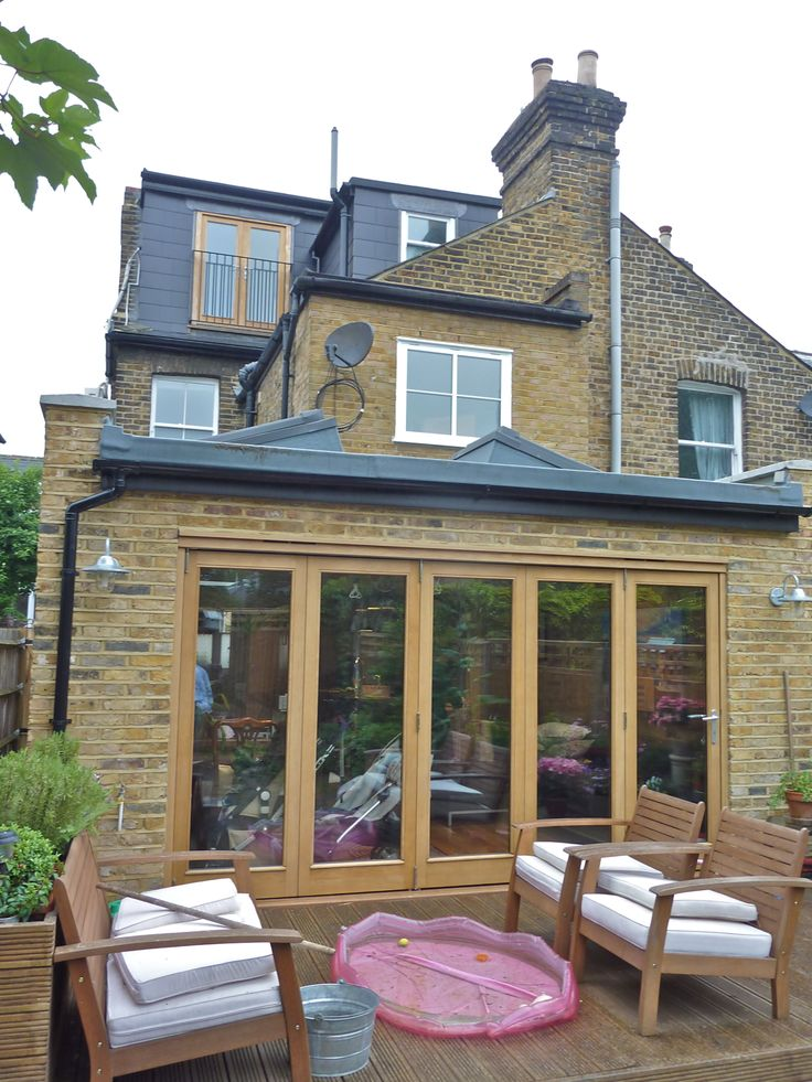 An alternative to the orangery lantern look - a flat roof with skylights