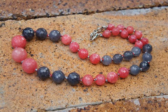 Watermelon and grey agate, agate, red & grey agate, grey agate, red, necklace, Semi precious stone, Jewellery, Stone necklace, Gift for her