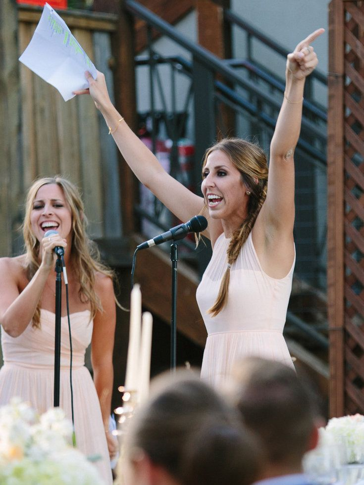 Watch these sisters bring down the house with a legendary Maid of Honor toast!   Jen Schmidt Photography
