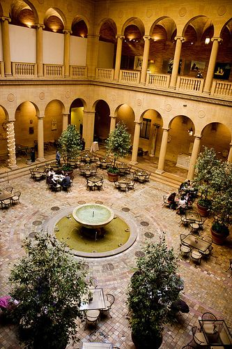 Rozelle Court at the Nelson Atkins Museum - A great date location... 12 more in the link #KC #DateNight