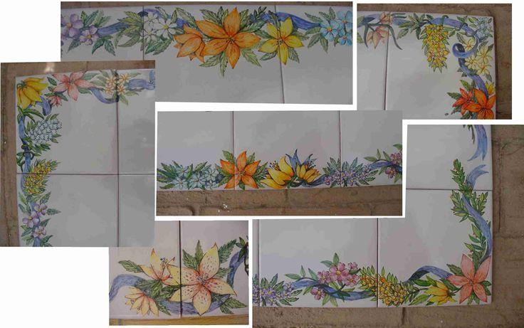 Detalles del mural Rosa de los Vientos que pinté para el rótulo mural de un cortijo-finca. El fondo esta esmaltado con Blanco antiguo y las flores están pintadas a pincel con óxidos cerámicos, una vez terminado el trabajo cocerá a 980ºC. Visita mis trabajos en www.isabelgan.es