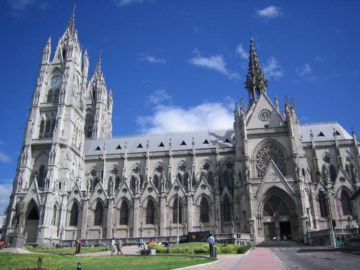 La Basílica Del Voto Nacional en Quito, Pichincha