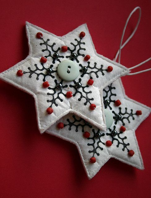felt ornaments stars   Star Felt Ornament   Crafty Christmas