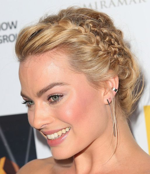 Margot Robbie Braided Updo - Margot Robbie looked enchanting at the Australians in Film Awards wearing this elaborate crown braid.