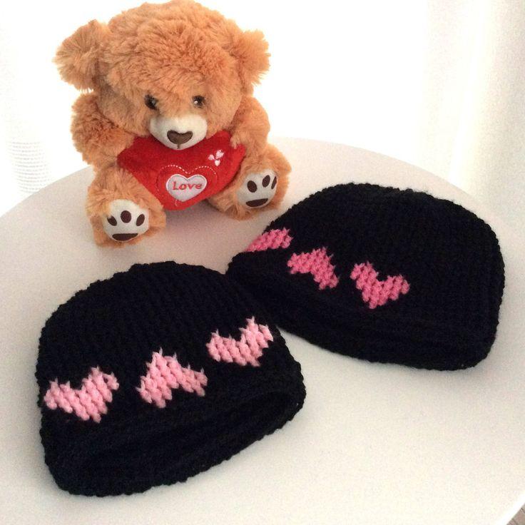 Een persoonlijke favoriet uit mijn Etsy shop https://www.etsy.com/nl/listing/591393519/valentijn-muts-beanie-peuter-en-babymuts