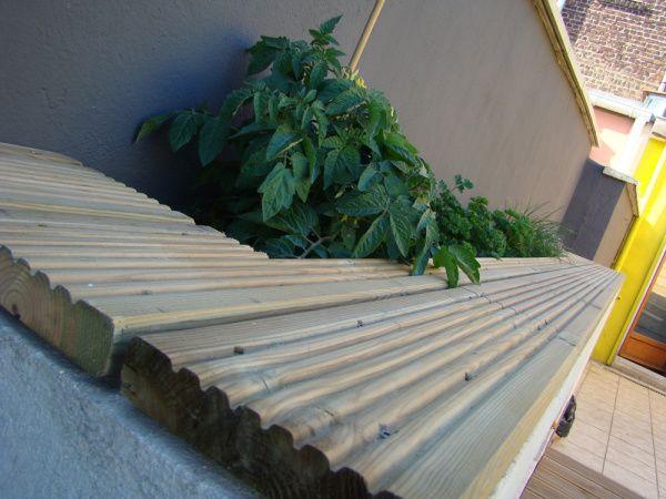 Réalisation de 2 meubles extérieurs (béton cellulaire, platelage bois, enduit) associés à la terrasse bois Réalisation d'un potager au carré (palette de récup) Réalisation d'une cabane …