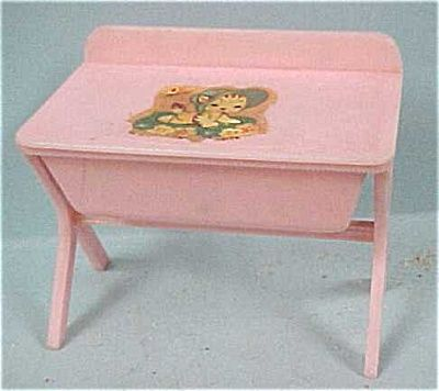 Vintage Doll Changing Tables | Renwal Baby Changing Table / Bath, #122, 2