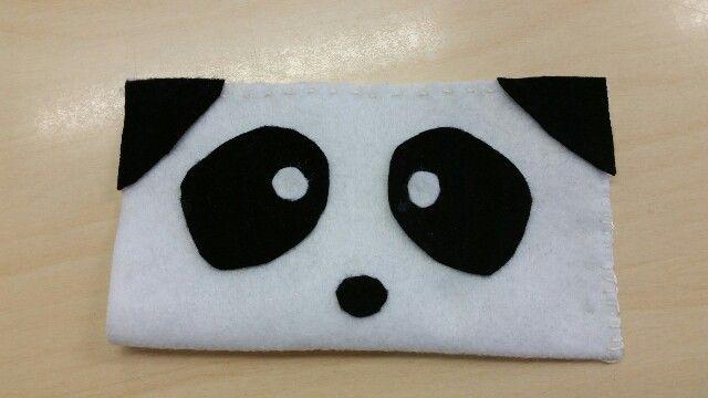 Pandakännykkäpussi