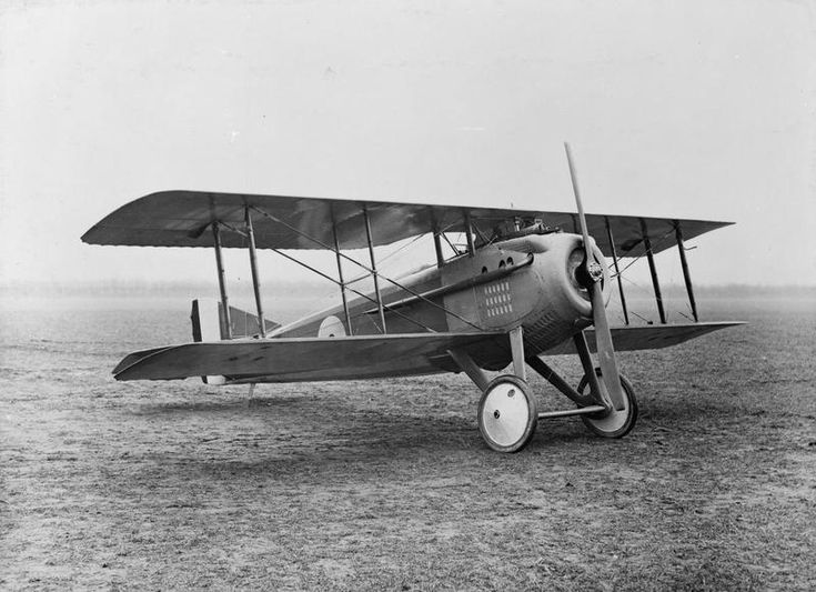 AIRCRAFT FIRST WORLD WAR 1914-1918 (Q 67971)   Spad S.VII single seat fighting scout biplane (Type G).