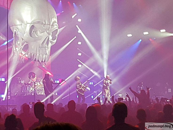 Five Finger Death Punch waren in der Festhalle Frankfurt und ließen sie beinahe erbeben.  #Five #Finger #Death #Punch #fivefingerdeathpunch #ffdp #5fdp #deathpunch #konzert #concert #musik #music #metal #heavy #heavymetal #nu #numetal #groove #groovemetal #bericht #konzertbericht #live #blog #bild #bilder #frankfurt #frankfurtmain #frankfurtammain #ffm #festhalle #festhallefrankfurt