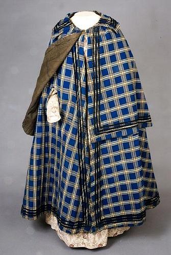 tasha tudor plaid cloak: Plaid Winter, Winter Cloaks, Historical Clothing, 1840 1860, Blue Plaid, Ladies Blue, Station Jana, Lady Blue, 18401860
