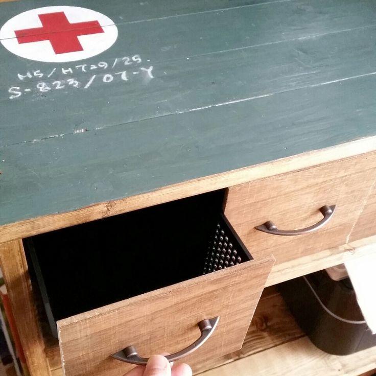 100均木材とプラかごで棚に引出しをDIY | SNG LABORATORY +