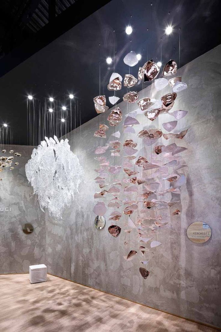 Kerchiefs by @kackakacka for Sans Souci - modern light fixture of wavy leaves fluttering about arbitrarily above the ground and thus create an atmosphere of pleasant carelessness and ease. Made of hand-blown glass and metal coated with rose gold colour.