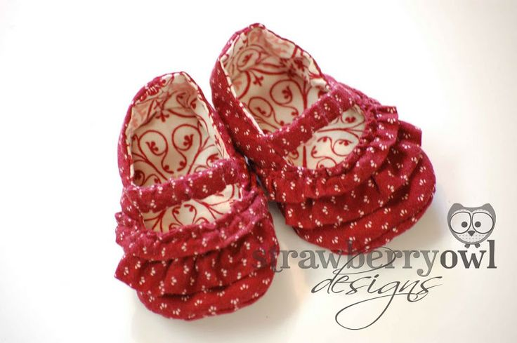 Strawberry Owl Designs: Baby Shoes  & tuto