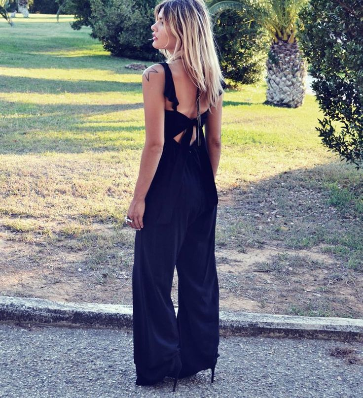 black jumpsuit , fab. 100% viscose  s - m 39.00 (από 59,00)