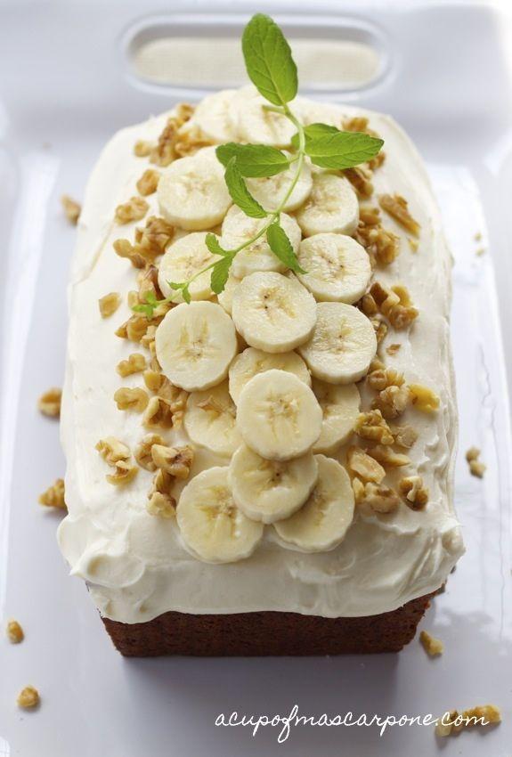 banana-pumpkin bread | a cup of mascarpone - this looks so pretty
