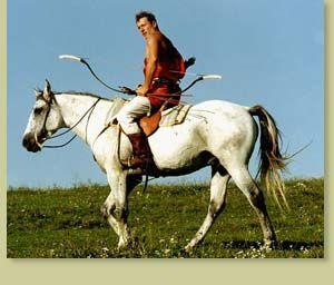 凌空逍遥: HORSE BACK ARCHERY, Lajos Kassai, founder of mounted archery revival.