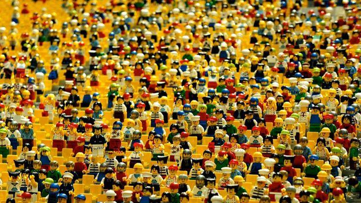 Ladrão invade casa e leva quase R$ 22 mil em peças de Lego