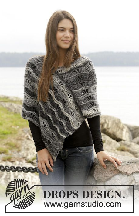 157-51, Crochet poncho with lace pattern in Big Delight