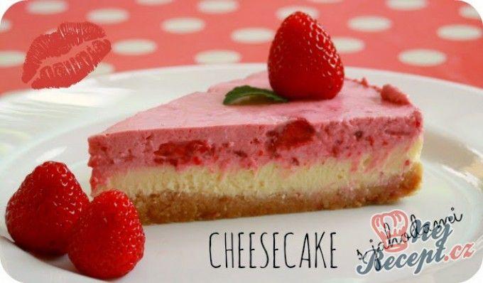 Cheesecake {pečeně nepečený} s jahodami