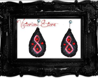 Embroidery earrings with traditional pattern