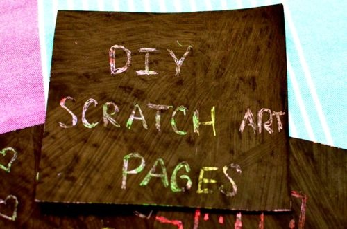 DIY Scratch pages Invite your child to cover an entire sheet of card stock with the oil pastels. Use lots of colors!! Next, it's time for painting! Cover the entire sheet with slightly watered-down tempera paint. It's more fun if you use a BIG brush! Allow to dry completely, cut up into smaller pieces (one sheet of card stock can be cut up into 9 smaller sheets for scratch art), then gather any other kids to join you after school for some scratch art fun! Toothpicks work well for gently scratching off the tempera paint to reveal all the brightly colored pastels underneath.: Art Fun, Crafts Art, Art Paper, Kids Art, Kindergarten Colors, Diy Scratch, Oil Pastel, Scratch Art