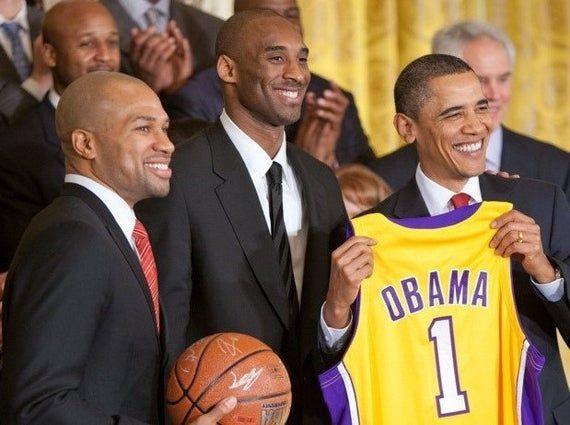 Kobe Bryant Derek Fisher President Barack Obama Los Angeles Lakers Photo 8x10 In 2020 Kobe Bryant Derek Fisher Kobe Bryant Net Worth