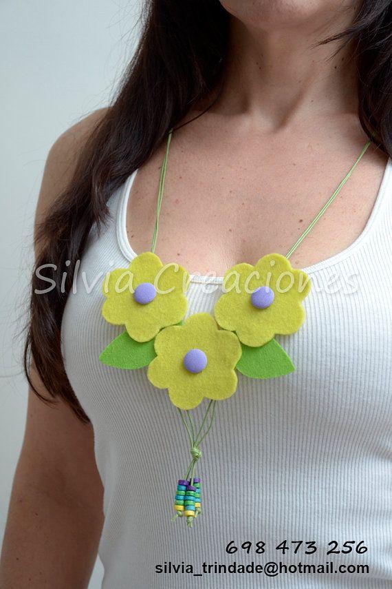 Collar Fieltro / Collar Flores de Fieltro/ por SilviaCreaciones