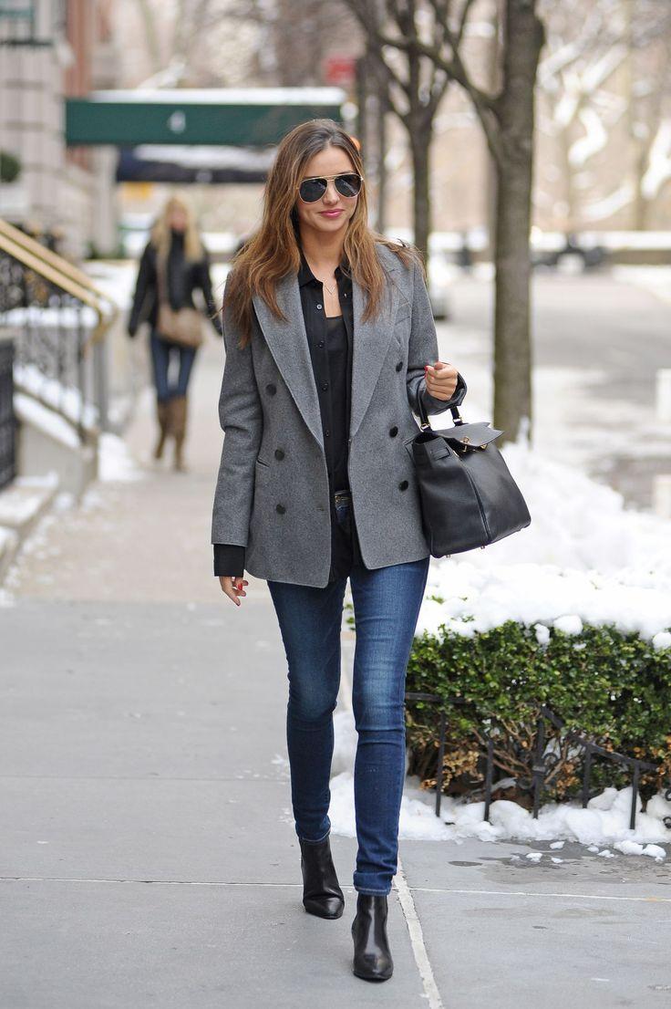 Miranda Kerr Style - Miranda Kerr wearing an Equipment 'Hunter' washed-silk tuxedo shirt and Frame Denim 'Le Skinny de Jeanne' jeans #mirandakerr #celebrity #style
