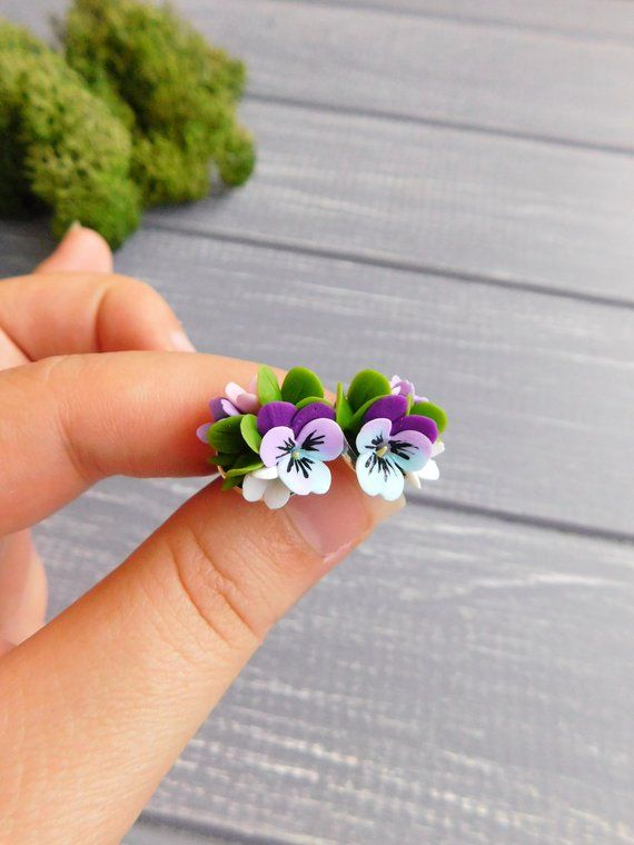 Dainty Flower Studs Pansy Stud Earrings Tiny Studs Purple Etsy Flower Studs Tiny Stud Earrings Delicate Earrings