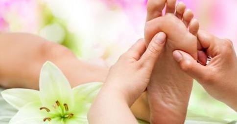 Puntos secretos para masajear el pie y lograr efectos positivos para la salud