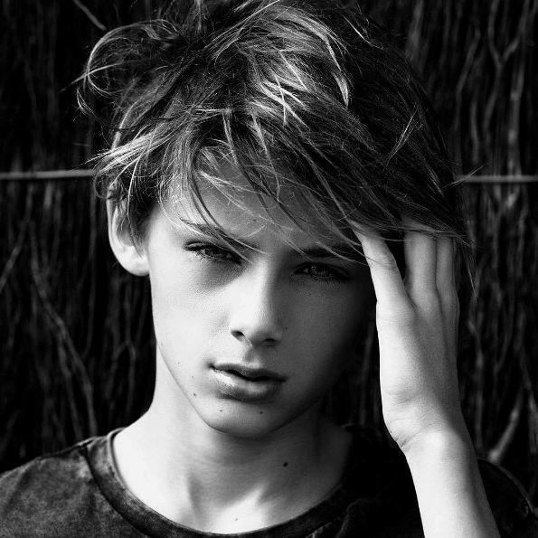 """Galería de fotos: El es William Franklyn-Miller, """"el niño más lindo del mundo""""…"""