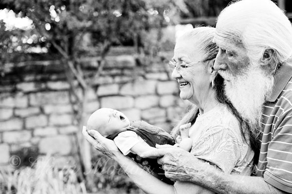 Color inc Blog — Color Inc Pro Lab, © Life in Motion Photography, newborn baby with grandparents