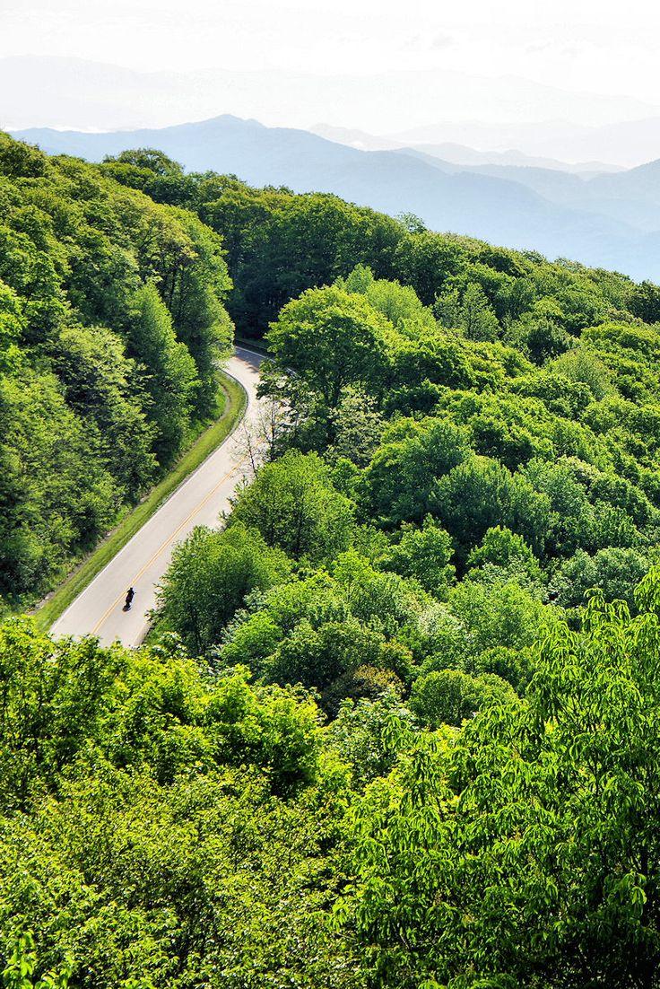 Cherohala Skyway National Scenic Byway in the North Carolina Mountains - Nantahala National Forest.
