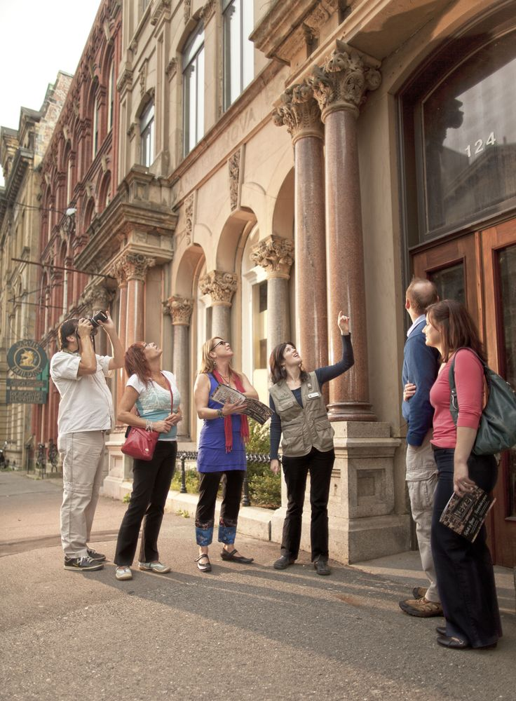 Saint John, Canada's oldest incorporated city, offers a wealth of discovery for history buffs and culture enthusiasts. Take a guided tour to learn all about it.  | Cruise excursions in New Brunswick, Canada