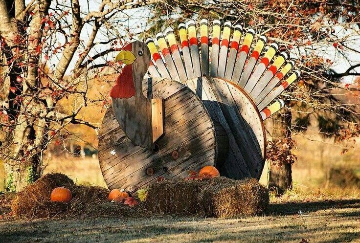 When your front yard turkey decor rivals the size of a small house, you know you're doing something right!  Photo:  Pinterest