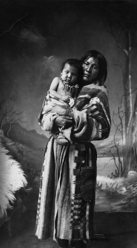 STUNNING VINTAGE PORTRAITS OF CANADA'S FIRST NATION PEOPLE - http://dangerousminds.net/comments/stunning_vintage_portraits_of_canadas_first_nation_people