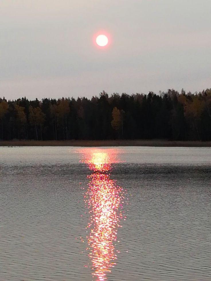 Punainen auringon hehku ❤