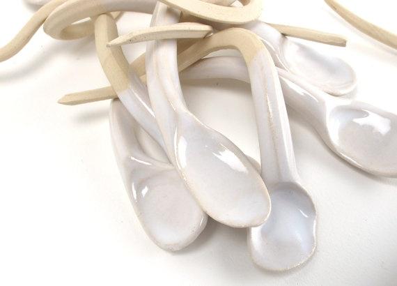 I love Jeannine's unusual twist to table accessories.Teas Spoons, Sounds Beautiful, Ceramics Object, Tingletangl Spoons, Spoons Sets, Ceramic, Ceramics Spoons, Ceramics Inspiration, Ceramics Form