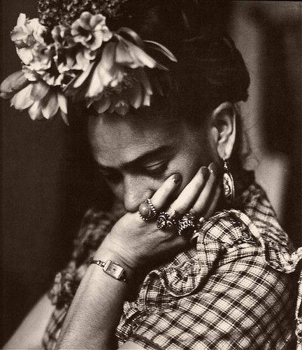raccoonstudios:    Frida. via Too Cute Things blog